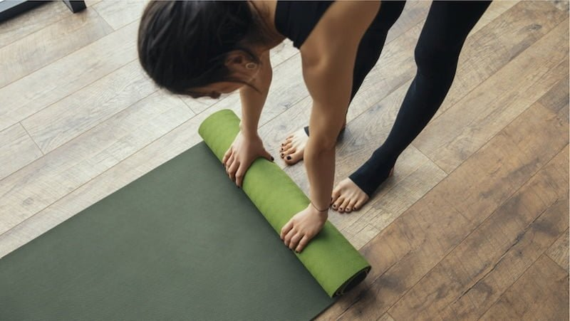 Esterilla de yoga 4 min