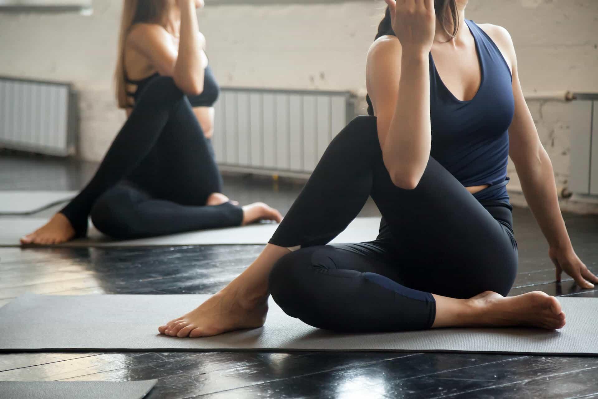 Posturas de Vinyasa Yoga c min